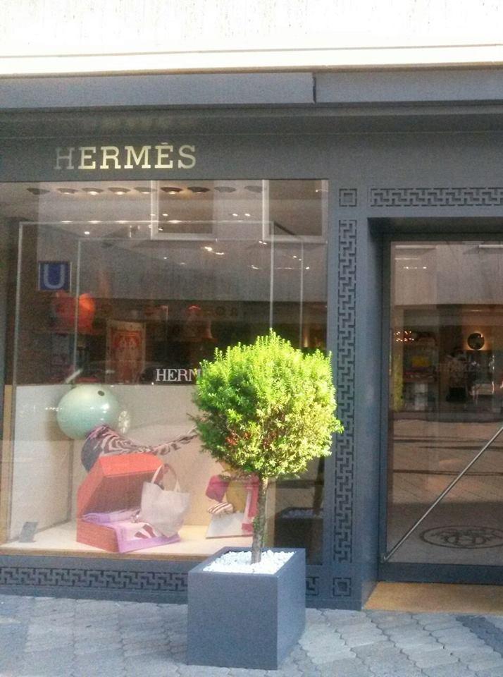 Hermes-Hakenkreuzornament1